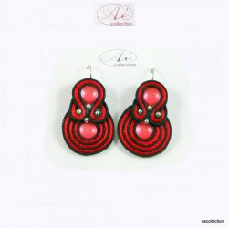 Sujtás fülbevaló piros-fekete