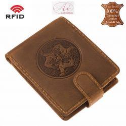 Prémium kategóriájú GreenDeed márkájú RFID-es pénztárca. Magyaros, szarvas mintával!